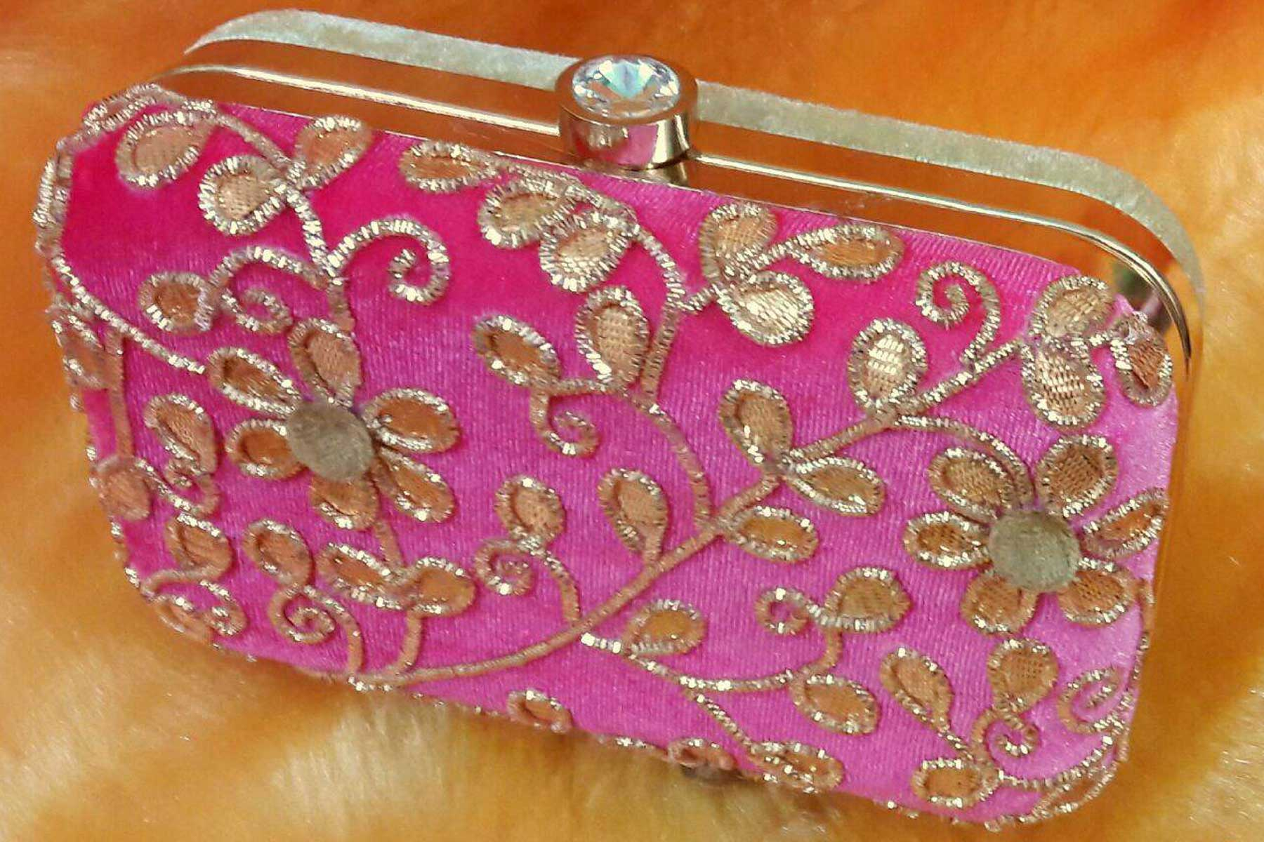Fashion Clutch Bags in Pink Color with Hand Embroidery Online | FH10341396