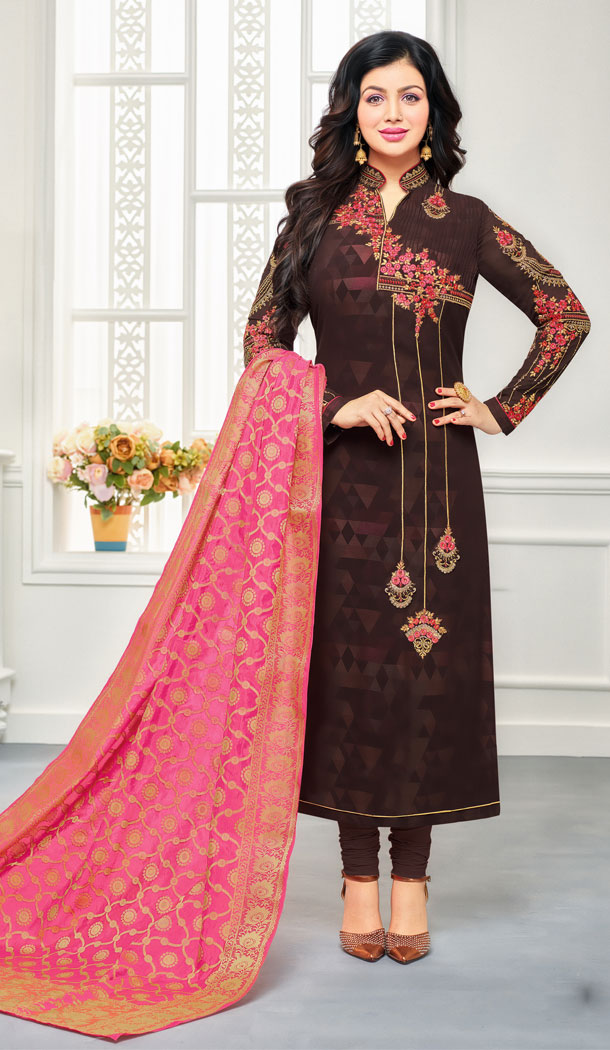 Bollywood Star Ayesha Takia Maroon Geregette Churidar Suit | 15667968