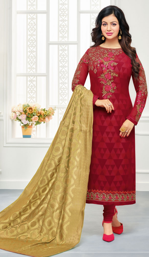 Bollywood Star Ayesha Takia Pink Geregette Churidar Suit | 15667973