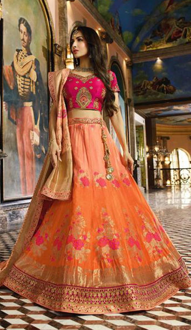 Malaika Arora Khan Wedding Banarasi Silk Lehenga Choli in Pink Color - 394747646