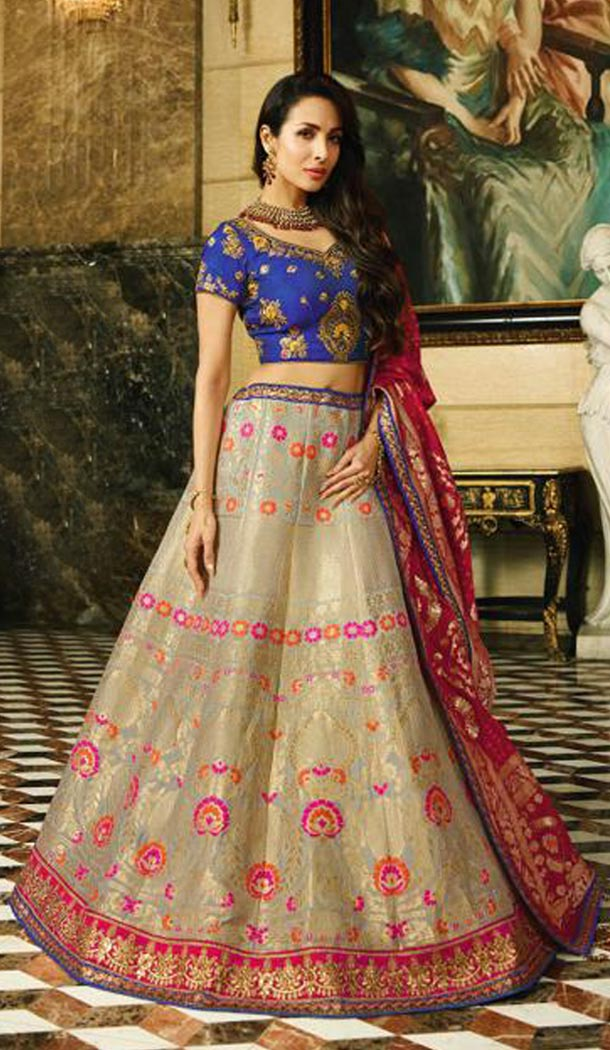 Malaika Arora Khan Wedding Banarasi Silk Lehenga Choli in Navy Blue Color - 394747648