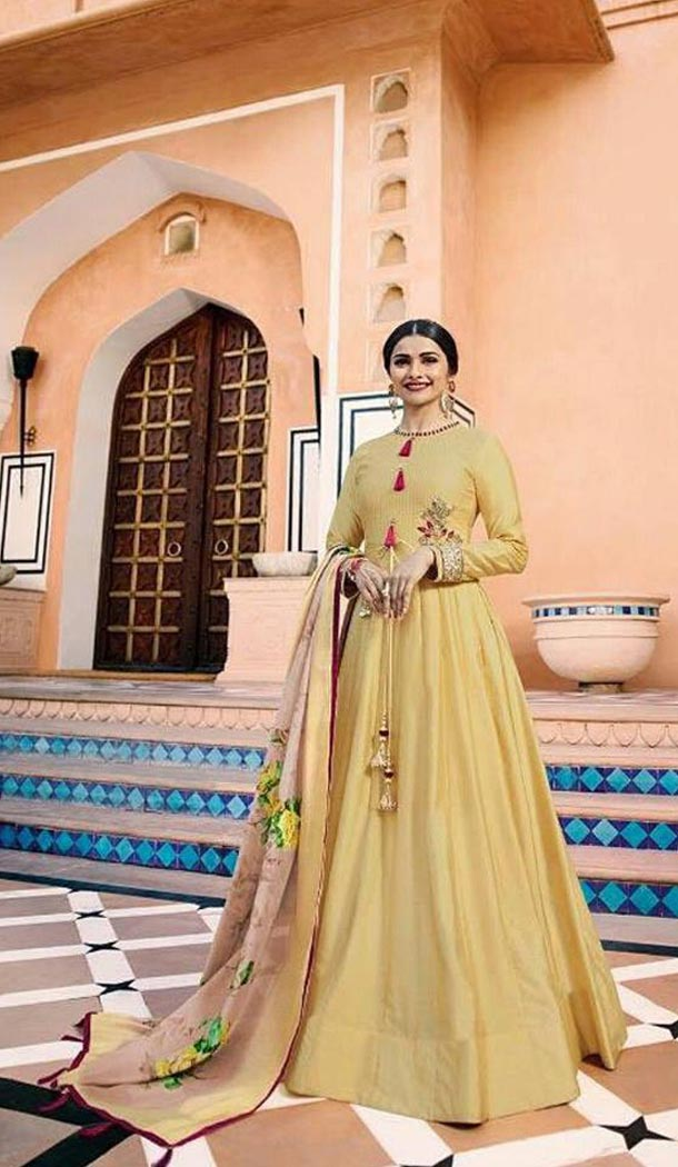 Tv Actress Prachi Desai Yellow Color Heavy Sana Silk Long Anarkali Salwar Kameez - 3192773