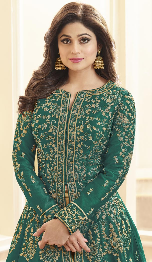 Shilpa Shetty Kundra Green Color Mulberry Silk Designer Gown - 421651325
