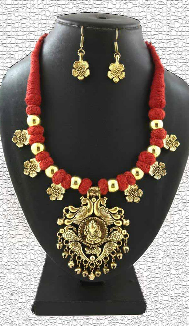 Women Oxidized German Silver Thread Neck Less Set With Earring - 454155720
