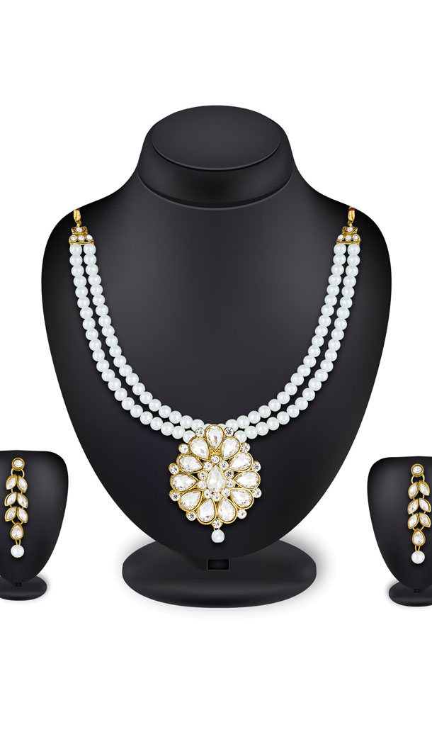 Off White Color Moti Pendant Necklace Jewellery Set