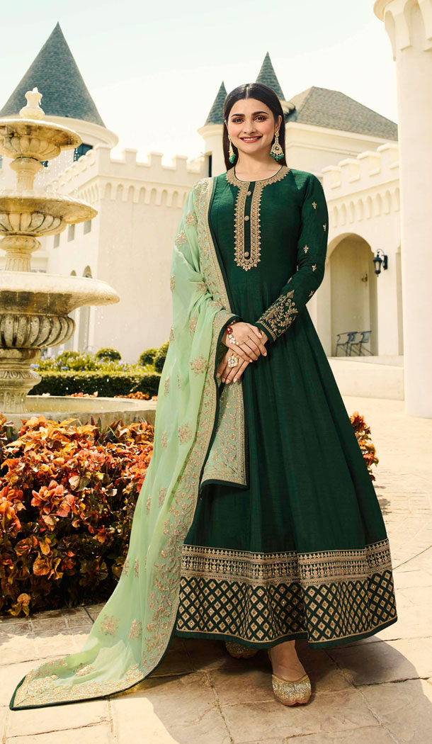 Bollywood Celebrity Prachi Desia Dark Green Salwar Kameez - 63783962