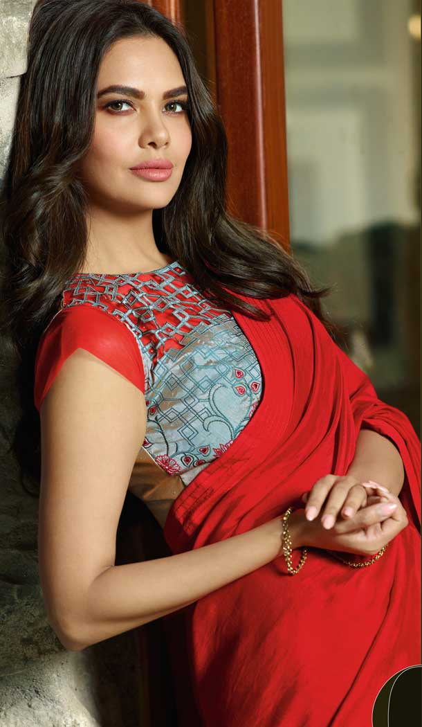 Red Color Georgette Bollywood Celebrity Nargis Fakhri Saree - 564770625