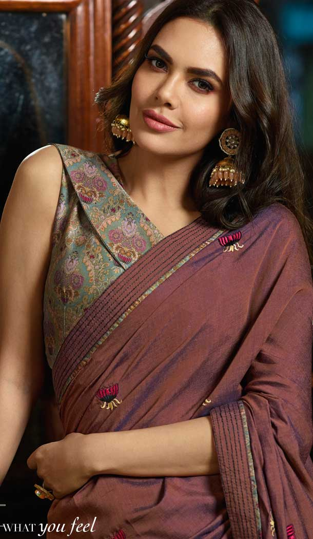 Light Maroon Color Silk Georgette Bollywood Celebrity Nargis Fakhri Saree - 564770631
