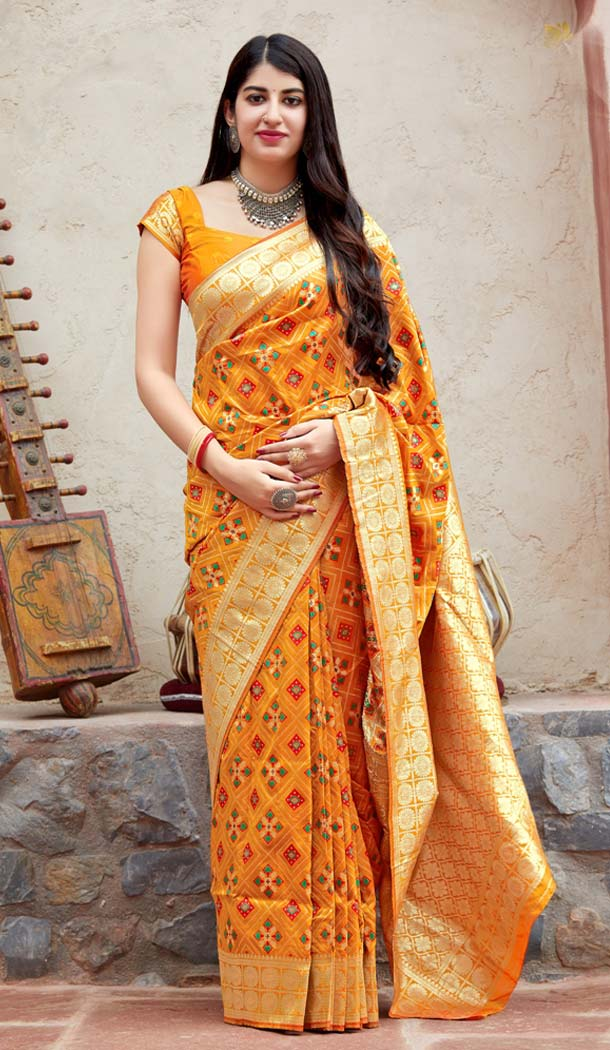Yellow Color Banarasi Patola Designer Saree Blouse in Plus Size -638579883