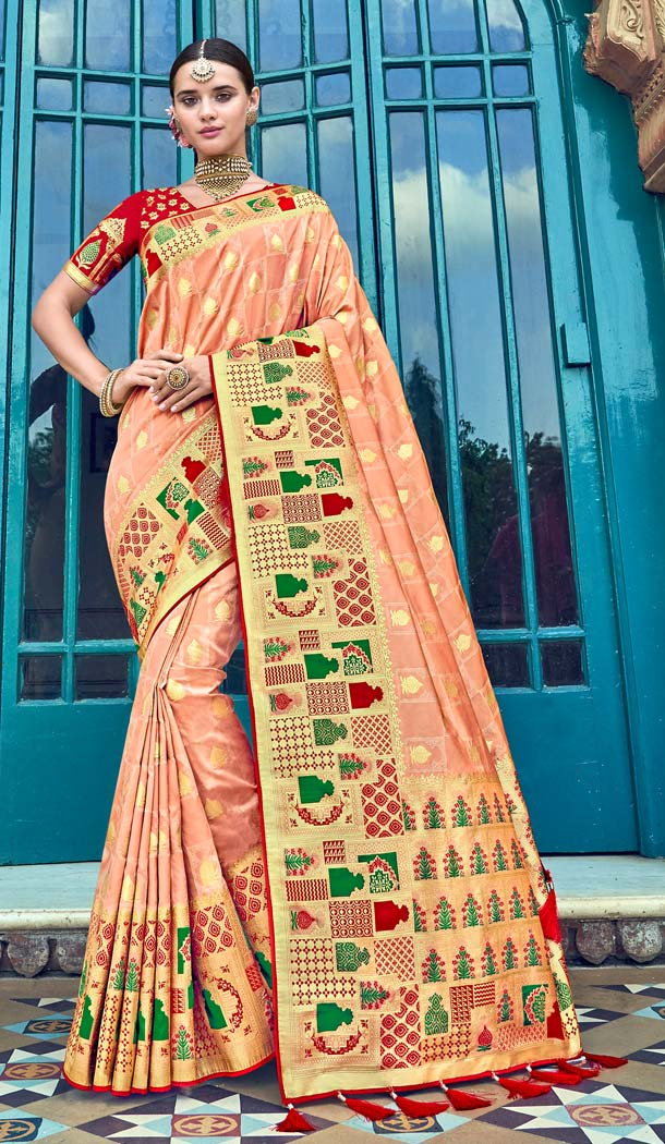 Alluring Cream Color Silk Designer Wear Wedding Wear Saree Blouse -638079813