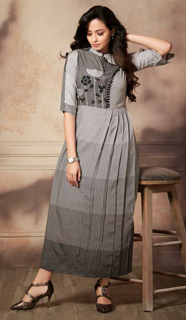 Black White Color Handloom Rayon Party Wear Readymade Kurti -pf76646321