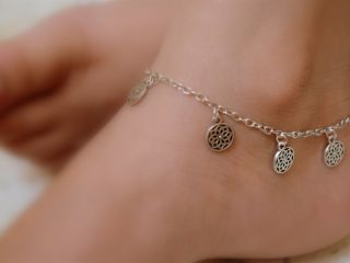 Anklet - Buy Anklet Online in India at Heenastyle